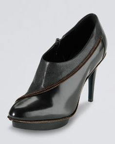 X1BGY Cole Haan Sage Zip-Trim Ankle Boot