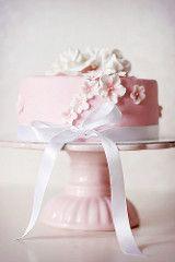 Pink cake by Call me cupcake! Gorgeous Cakes, Pretty Cakes, Cute Cakes, Amazing Cakes, Call Me Cupcake, Bolo Cake, Tier Cake, Pink Birthday Cakes, Happy Birthday