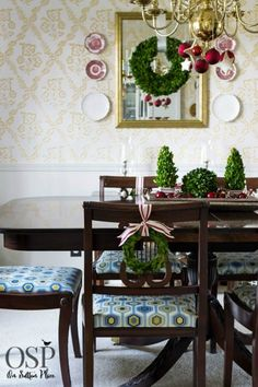 Christmas+Home+Tour+|+On+Sutton+Place+|+DIY+Ideas,+decor+and+easy+crafts+to+help+bring+Christmas+into+your+home!