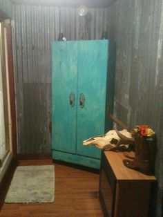 1000 images about old tin barn wood designs on for Barn board bathroom ideas