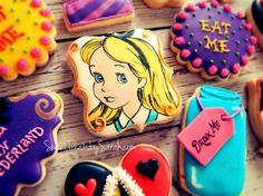 Disney Alice in Wonderland Cookies