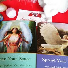 The #angels wanted to come out and play today and I love this message as it is TOTALLY what I am doing!  Archangel Jophiel the Angel in charge of esthetics of all sorts is encouraging us to clear the clutter and beautify the spaces we reside and exist in. When we clear our homes and environments it helps get rid of negative and stagnant energy and make room for the good to come in!  Then we have Archangel Ariel who is in charge of courage telling us to take that leap of faith and JUMP…