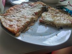 Crissy recipes: Pizza la tigaie Pizza, French Toast, Dinner, Breakfast, Recipes, Food, Dining, Morning Coffee, Food Dinners