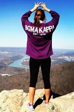 sigma kappa on top the world #sorority #throwingsigns #throwwhatyouknow