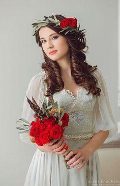 Satin Wedding Dress   Атласное свадебное платье с кружевом