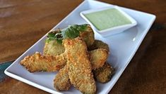 Want to take your avocados to the next level? Then you really need to try these Totally Addictive Crispy Baked Avocado Fries! Avocado Breakfast, Breakfast Bake, Breakfast Recipes, Baked Avocado Fries, Avocado Egg Bake, Hard Avocado, Avocado Recipes, Healthy Recipes, Healthy Food