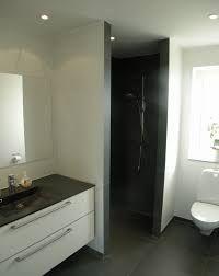 Billedresultat for lille badeværelse renovering