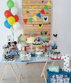 Fiesta Mickey Mouse, Mickey Mouse Clubhouse Birthday, Baby Mickey, Mickey Party, First Birthday Parties, First Birthdays, Mickey Clubhouse, Party Venues, Birthday Decorations