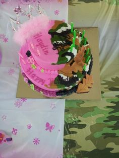 double birthday party idea for a boy and girl celebrating together...decorate each side for each kid