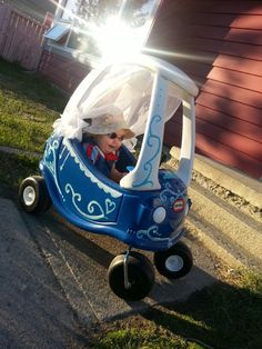 Little Tikes Cinderella carriage:)
