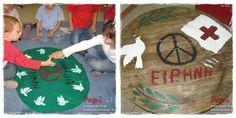 xali-irinis Peace Crafts, Class Management, Tree Skirts, Christmas Tree, Kids Rugs, Holiday Decor, Teal Christmas Tree, Kid Friendly Rugs, Xmas Trees