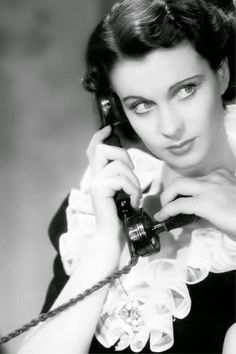 Tumblr Old Hollywood Stars, Old Hollywood Glamour, Golden Age Of Hollywood, Vintage Hollywood, Classic Hollywood, Hollywood Picture, Scarlett O'hara, Vivien Leigh, Darjeeling