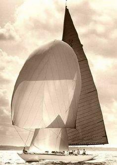 HSS Classic Yacht Committee   Vanity V