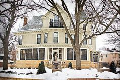 2007 real estate listing information, when it was on the market for $3.6 million in Minneapolis, Minnesota:  This 1892 Queen Anne Victorian was the setting for the Mary Tyler Moore show. Recently and completely renovated for today's family. The main floor parlor and living room have incredible woodwork. A new kitchen and family room, suitable for entertaining, and a totally new master bath, was added to the home. There is a 3rd-floor guest suite with three bedrooms, 2 bathrooms, and a…