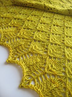 Forest Canopy Shawl by Susan Lawrence, knitted by juliebie | malabrigo Worsted in Frank Ochre