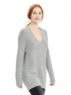 Textured V-Neck Sweater Tunic - Comfortable pullover that can be worn with jeans/leggings or a pencil skirt.