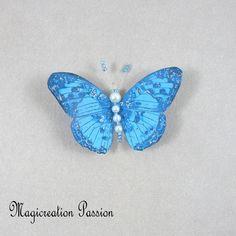 Magnet décoratif papillon soie bleu+1 aimant , collection gallia - Un grand marché Insects, Montage, Dimensions, Magnets, Boutique, Collection, Playing Card, Je T'aime, Silk