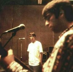 Find images and videos about oasis, noel gallagher and liam gallagher on We Heart It - the app to get lost in what you love. Nico Mirallegro, Oasis Music, Let There Be Love, Definitely Maybe, Liam And Noel, Liam Gallagher, It's Going Down, Britpop, Saddest Songs