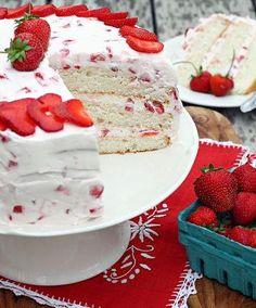 Strawberries and Cream Cake   RecipeLion.com