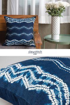 Denim Crafts, Yarn Crafts, Shibori Techniques, Shibori Tie Dye, Tie Dye Patterns, Indigo Dye, Fabric Painting, Spun Cotton, Zig Zag