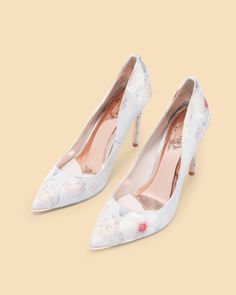 4722f2244 Printed pointed courts - Light Gray