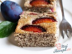 Poppy Seed Plum Cake - World Gluttony Baking Recipes, Cake Recipes, Dessert Recipes, Plum Cake, Classic Cake, No Cook Desserts, Healthy Baking, No Bake Cake, Cooking Time