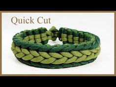 Instructions for how to tie a herringbone endless falls paracord survival bracelet in this easy step by step DIY video tutorial. Paracord Bracelet Instructions, Paracord Tutorial, Macrame Tutorial, Bracelet Tutorial, Paracord Braids, Paracord Knots, Paracord Bracelets, Diy Bracelets Patterns, Bracelets Design