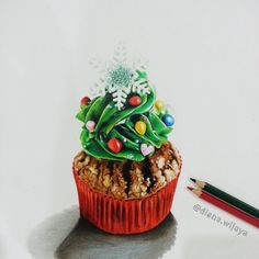 Christmas Cupcake on #Canson Multimedia Paper using #FaberCastell Classic #ColoredPencil #christmas #cupcake #cutecupcake