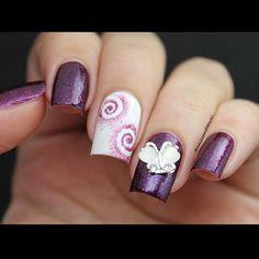 So stylish! @nailsandtowel's amazing purple nails are absolutely beautiful!   Small Swirl #NailVinyls www.snailvinyls.com