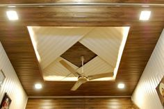 Stunning Ceiling Design Ideas To Spice Up Your Home – Ceiling 2020 Wooden Ceiling Design, Simple False Ceiling Design, Gypsum Ceiling Design, House Ceiling Design, Ceiling Design Living Room, Ceiling Light Design, Home Ceiling, Ceiling Decor, Fall Celling Design