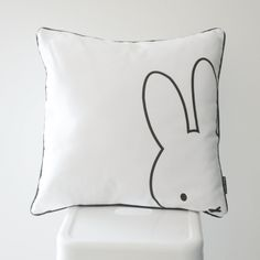 This monochrome Miffy scatter cushion is perfect for a kids bedroom. It will add that finishing touch to the room. Cushion cover size: x (Inner not included.) Printed onto a pure…