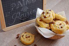 Blog Cuisine & DIY Bordeaux - Bonjour Darling - Anne-Laure: Petits pains aux raisins Pain Aux Raisins, Cuisines Diy, Bordeaux, Waffles, Anne Laure, Bakery, Food Porn, Yummy Food, Sugar Sugar