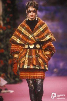 Christian Lacroix, Autumn-Winter 1990, Couture on www.europeanafashion.eu