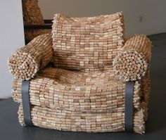 It's made from #corks! Doesn't it look decliciusly comfy?