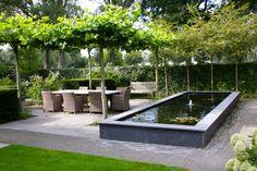 Rechthoekige vijver in landelijke tuin - Rectangle pond in country garden ♥ Fonteyn