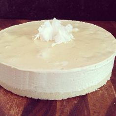 Raw Food Recipe: Pineapple and Coconut Cheesecake