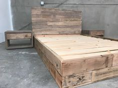 The New York Queen Reclaimed patched wood Bed & headboard