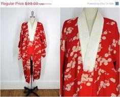 25 OFF SALE  Vintage Silk Kimono / 1920s / Juban by ThisBlueBird, $74.25