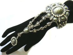 Antique Look Stone Cuff Bangle Open Bracelet & Stretch Ring Combo Set IBC0374 SILVER/CLEAR NYfashion101inc. $14.99