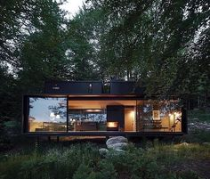 14 Modern Shipping Container Homes are Unique Eco-Friendly - architecturian Tiny House Cabin, Cabin Homes, Tiny Houses, Dog Houses, Dream Houses, Container Home Designs, Casas Containers, Forest House, Forest Cabin