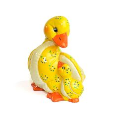 Vintage Yellow Mother Duck & Baby Duckling: Kitsch cute retro hand painted ceramic nursery decor. Available from OneRustyNail on Etsy. ► http://www.etsy.com/shop/OneRustyNail
