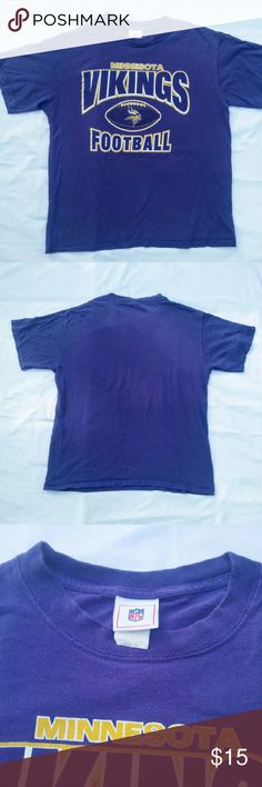 VINTAGE Vikings Tshirt Super Soft Vintage Minnesota Vikings Football Tshirt. In good used condition with some wear from washing.  Men's medium. From a smoke free home. Make an offer! NFL Shirts Tees - Short Sleeve
