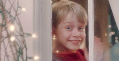 Wesołych świąt mazgaje end a hapi niu jer Kevin Home Alone, Home Alone 1, Home Alone Movie, Cozy Christmas, Christmas Movies, Xmas, Angel Gif, Home Alone Quotes, Larry Wilcox