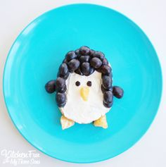 Penguin Bagel Breakfast. A fun food idea for kids from KitchenFunWithMy3sons.com