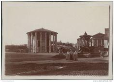 Italia, Roma, Tempio di Vesta  Vintage citrate print.  Tirage citrate   7x9   Circa 1910