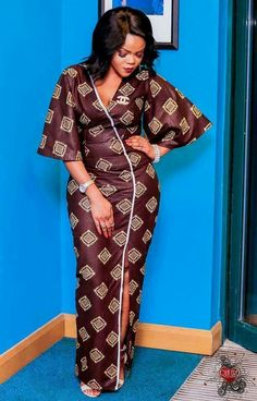 nice ~DKK ~ Latest African fashion, Ankara, kitenge, African women dresses, African p. African Fashion Ankara, African Fashion Designers, Latest African Fashion Dresses, Ghanaian Fashion, African Dresses For Women, African Print Dresses, African Print Fashion, Africa Fashion, African Attire