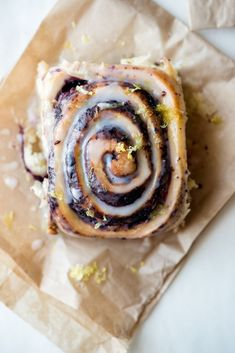 French Delicacies Essentials - Some Uncomplicated Strategies For Newbies Wild Blueberry and Lemon Overnight Buns - Now, Forager Easy Desserts, Dessert Recipes, Gourmet Desserts, Health Desserts, Plated Desserts, Breakfast Recipes, Wild Blueberries, Sweet Recipes, Sweet Bread