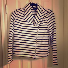 Side Zip Striped Jacket This Moto jacket is so stylish! It can be worn zipped up, or unzipped with a cute blouse underneath. Adorable little Navy + White jacket! Splendid Jackets & Coats