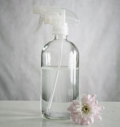 This glass cleaner bottle with clear spray nozzle is perfect for natural cleaners. We try to use only natural cleaners for our home, and love the look and