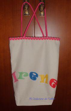 Bolsa de tela personalizada con letras de fieltro.